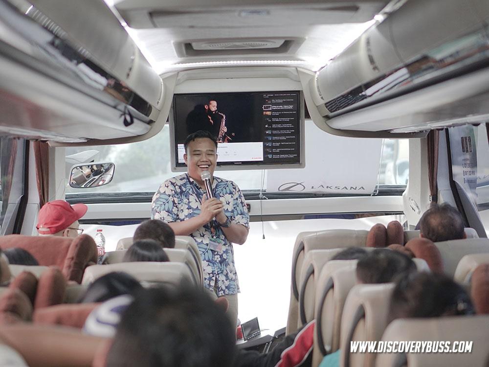 Wisata Bus Medium